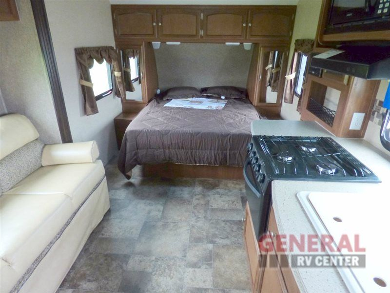 New 2015 Coachmen Rv Freedom Express 192rbs Travel Trailer At