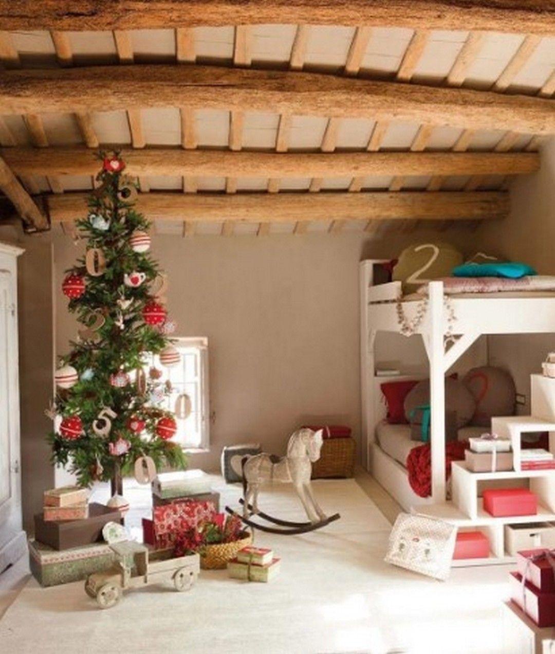 8 Inspiration Rustic Farmhouse Wood Christmas Looks Beautiful #bodenvasedekorieren