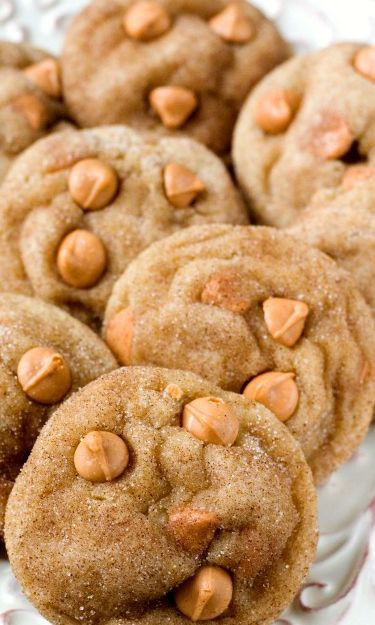 Soft and Chewy Butterscotch Snickerdoodles – cinnamon and butterscotch are paired perfectly in these soft and chewy snickerdoodles! That's one amazing cookie!