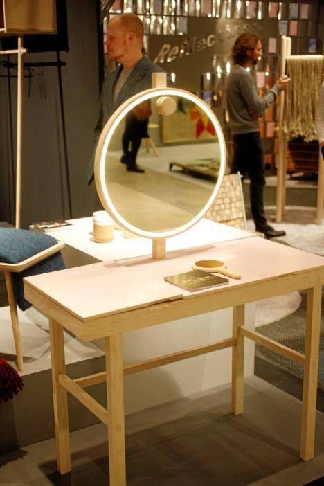 SIro, moderni kampauspöydän päivitetty versio on kuin koru.