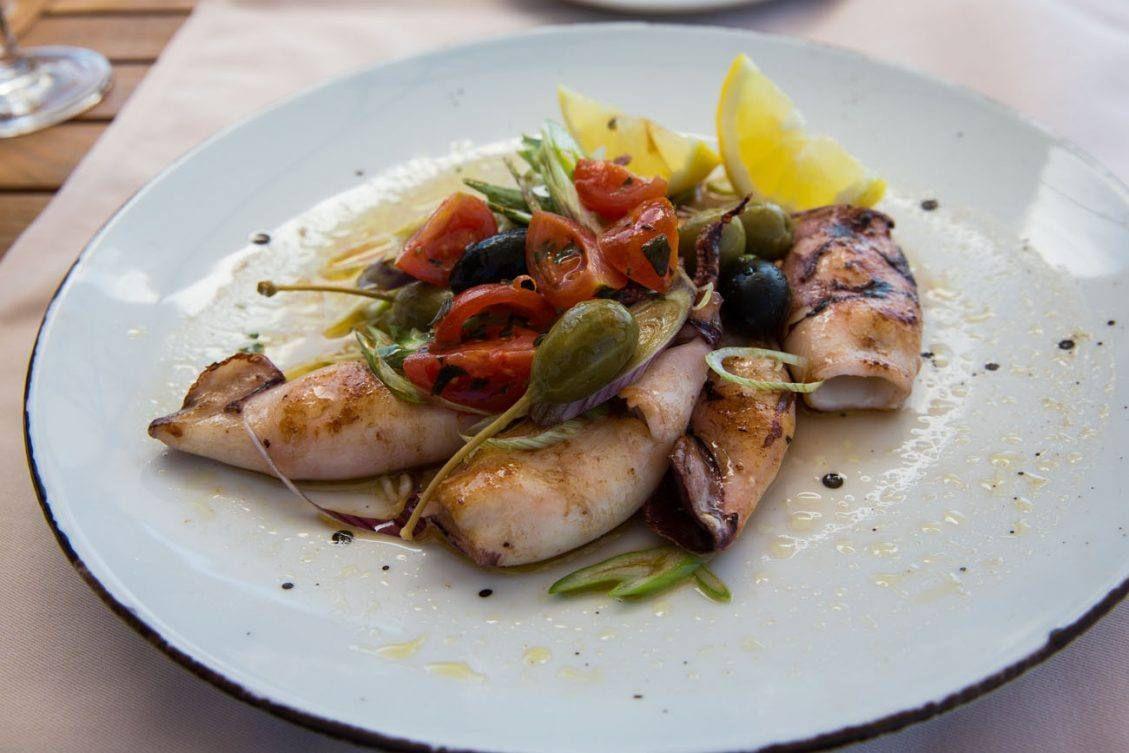 7 Great Dubrovnik Restaurants To Try In 2020 Croatian Restaurant Good Pizza Vegan Restaurants