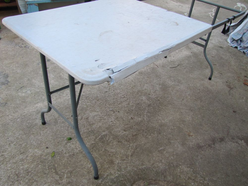 How To Upcycle Plastic Folding Table Diy Folding Table Diy