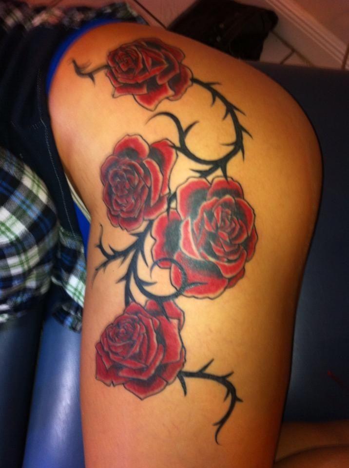 Roses And Vine Thorns Custom Original Design No Flash Color Albert Jeffers Rose Vine Tattoos Vine Tattoos Hip Tattoos Women