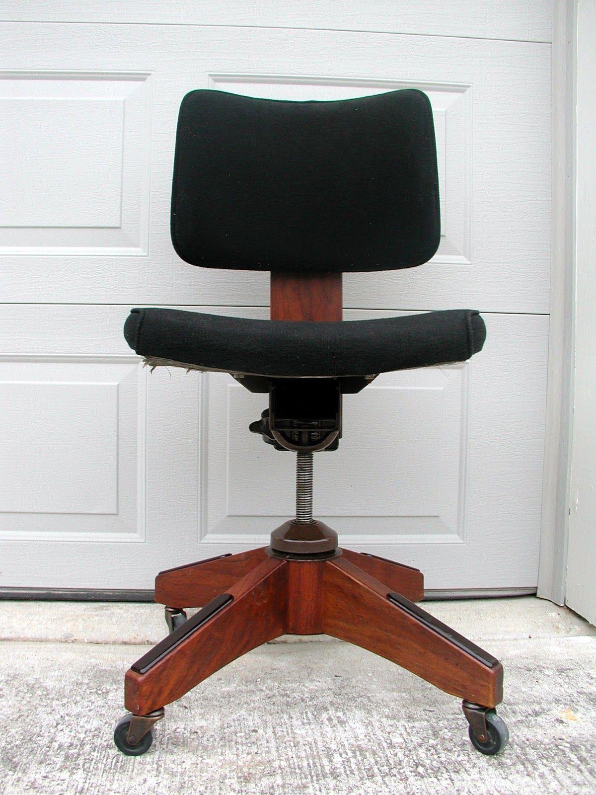 Image Result For Mid Century Modern Desk Chair Mid Century Modern Desk Chair Modern Desk Chair Comfortable Desk