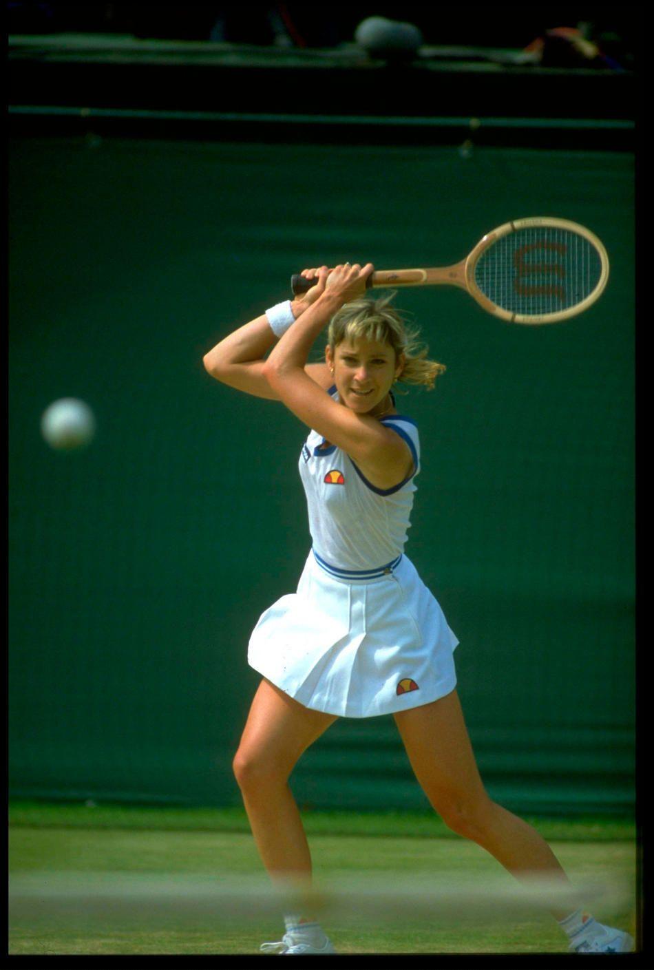 Chris Evert 1982 Wimbledon. Love the look of determintion