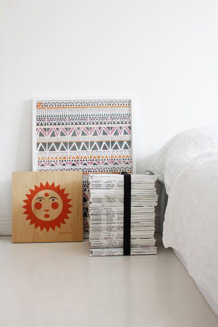 tijdschriften - slaapkamer - opbergen - magasiner - indretning - blade - opbevaring - interior