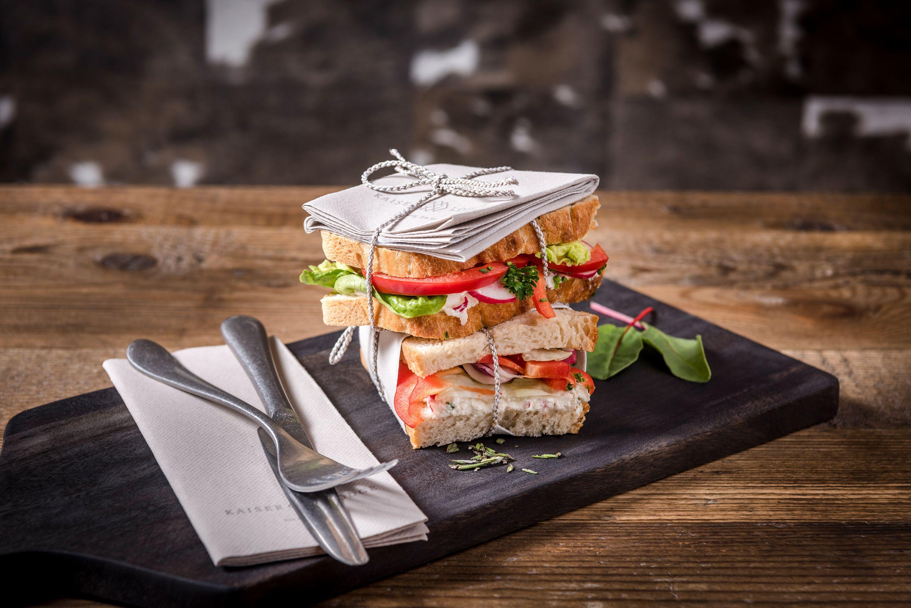 Küchen design hotel kaiserlodge  am berg am see  kulinarik u küche  regional