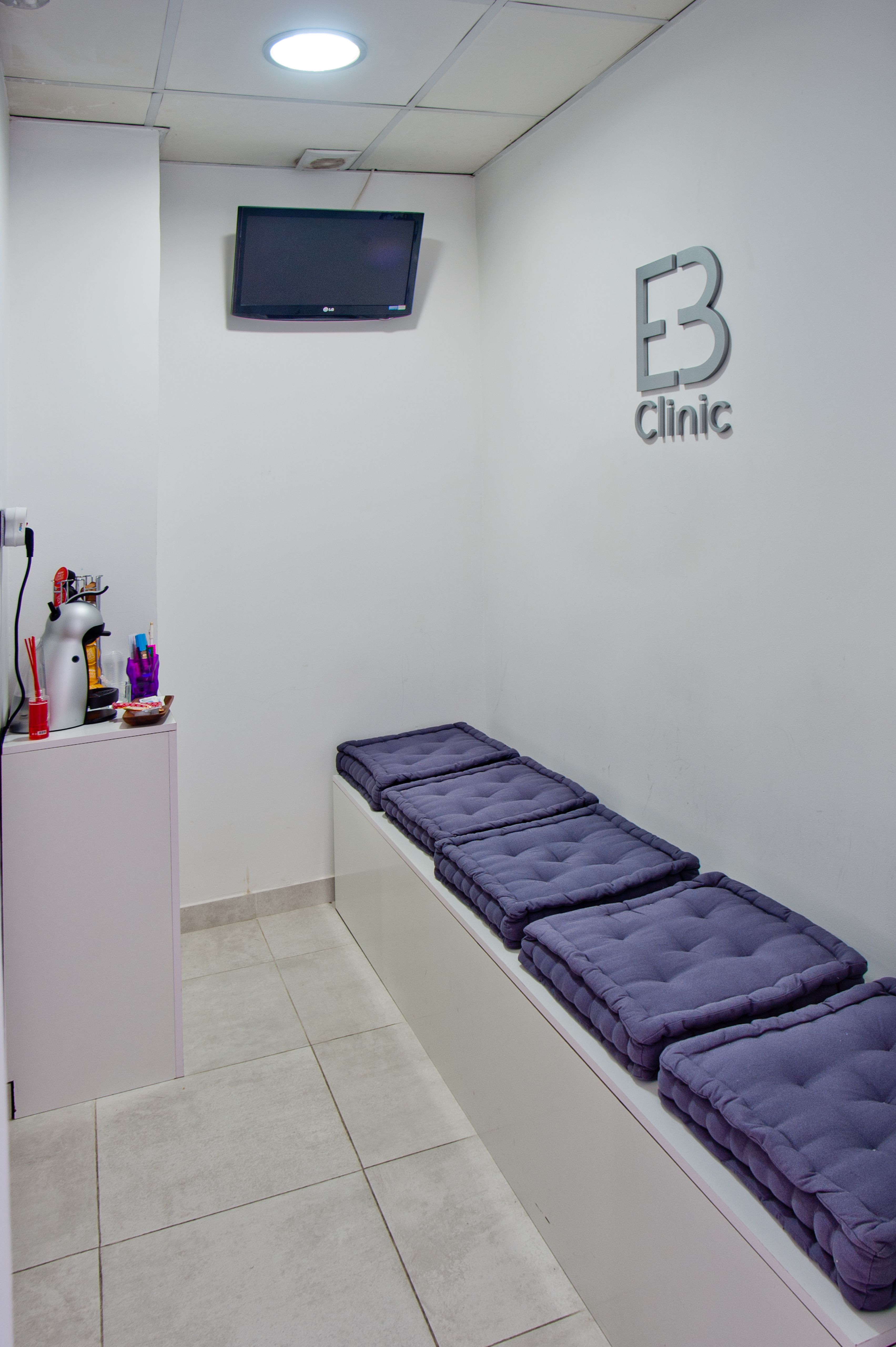 Sala De Espera Nuestra Cl Nica Pinterest Dental Clinic And  # Muebles Kinesiologia