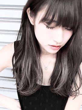 グラデーションカラー青山ブリーチ学生高校生 81 髪 色 ビューティー 黒髪のヘアスタイル