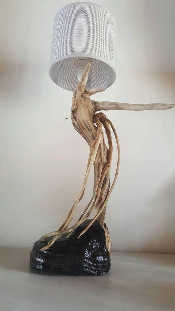 Lampe racine de bois flotté courbé muni de son beau abat jour blanc ...