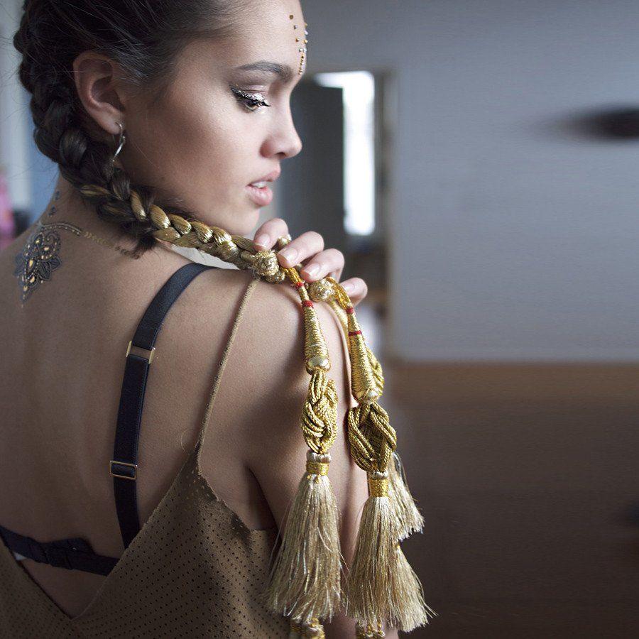 glo paranda - indian hair braid gold - glo tatts - 2