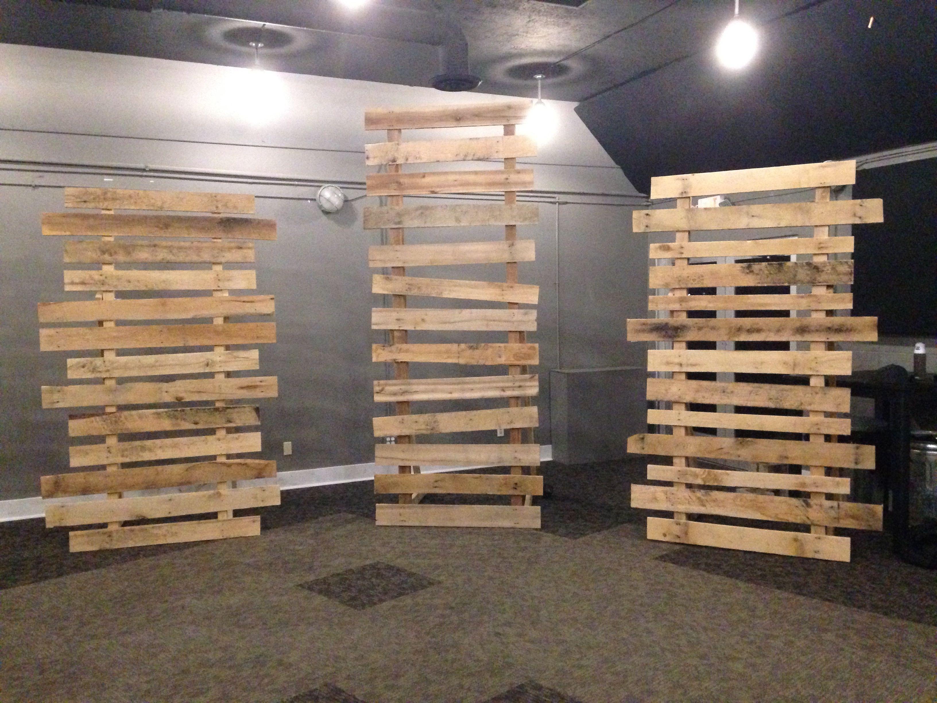 rs pallets set design pallet walls church stage wood pallets. Black Bedroom Furniture Sets. Home Design Ideas