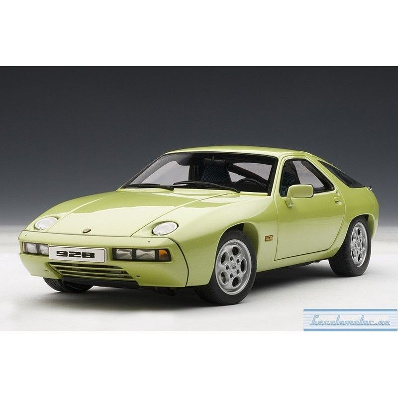 Porsche 928 (lind green metallic)