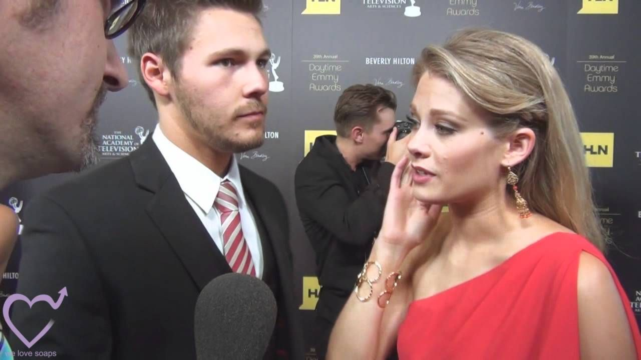 Scott Clifton & Kimberly Matula at the 39th Annual Daytime Entertainment Emmy Awards