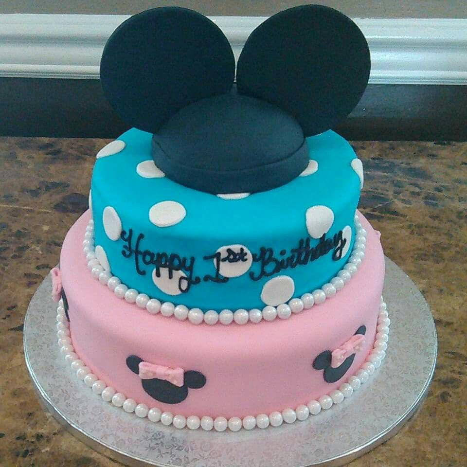 Terrific Mickey And Minnie Cake Louisville Ky Cocos Cakes Bakery 502 Funny Birthday Cards Online Chimdamsfinfo