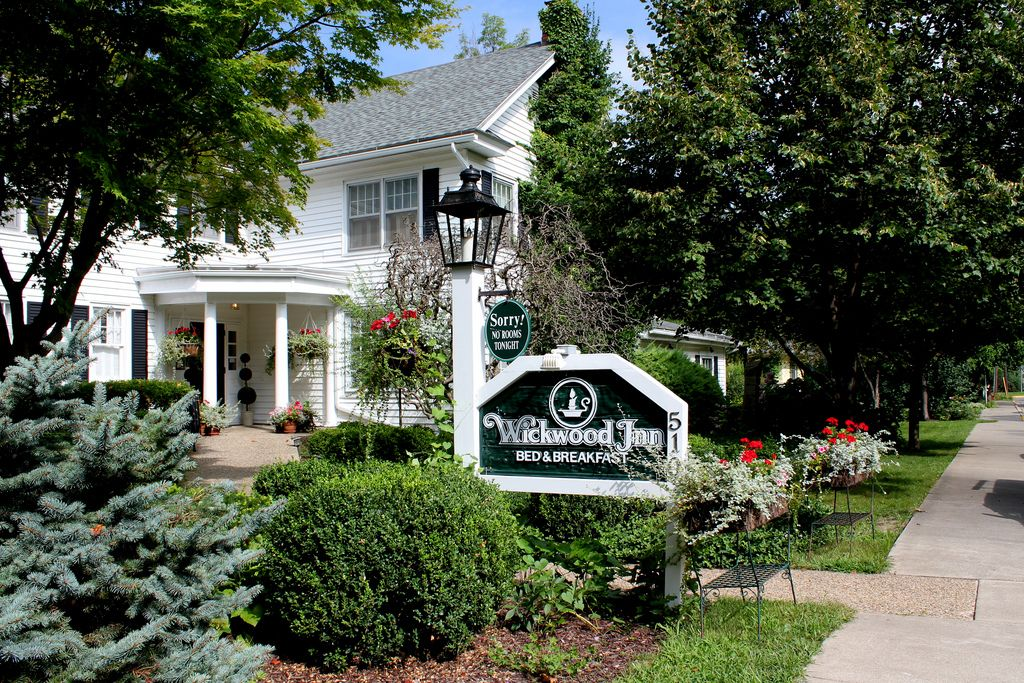 The exterior of Wickwood Inn, a Saugtauck, MI bed and
