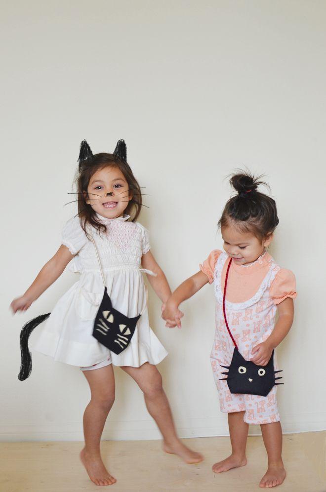 For Everyday Make-believe, Put Together A Felt Cat Bag For