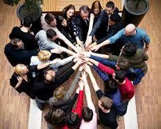 Auna esfuerzos de la organización creando equipo y manteniendo el vínculo entre todos por un objetivo común