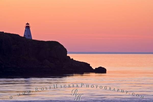 Beautiful Peaceful Mood Over The Bay Of Fundy After A Colorful Sunset At Boars Head Lighthouse In Nova Scotia Canada Lighthouse Sunset Nova Scotia