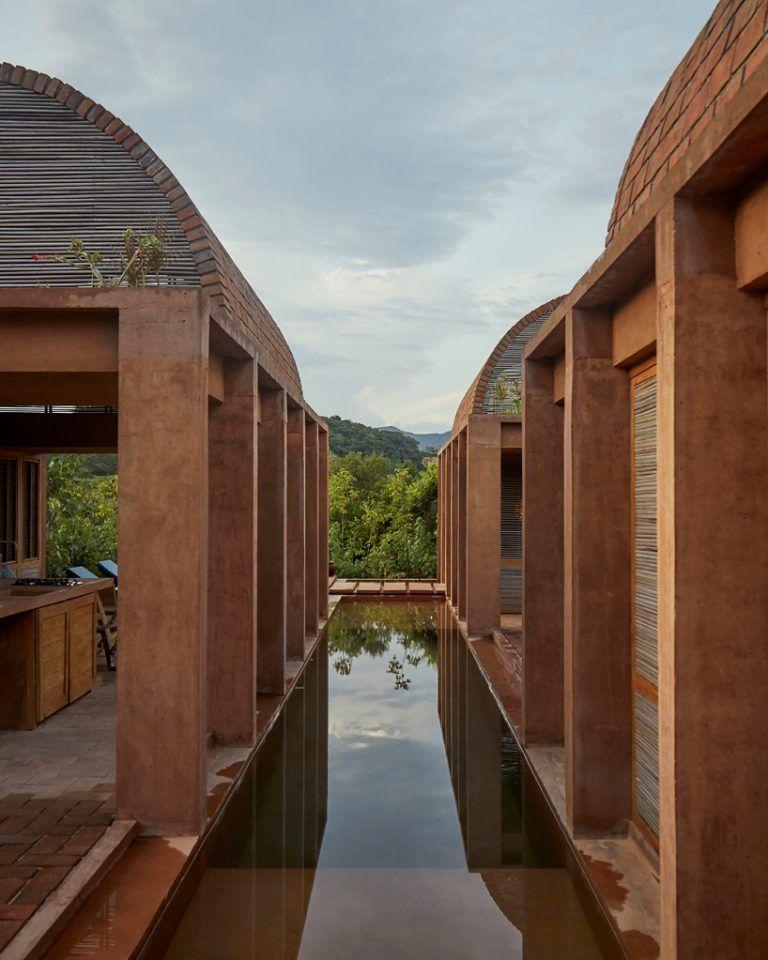 Home Design Smallhouse: Three Brick Vaults Of Casa Volta Float Above The Lush