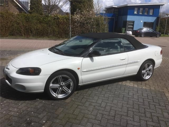 Used Chrysler Sebring Convertible In Bedum For 5 500 With Images