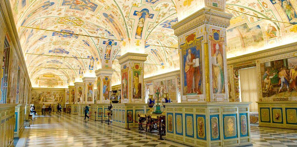 La Biblioteca Apostólica Vaticana - Estado de la Ciudad del Vaticano | Las 49 bibliotecas más fascinantes de todo el mundo