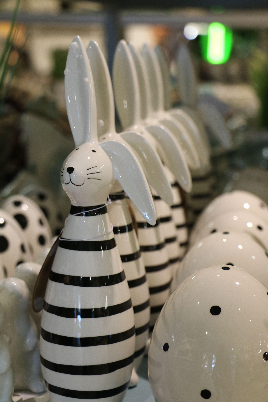 Dekorativ Eingerichtet Dank Mobel Wallach Mobel Wallach Schwarzer Hase Dekoration