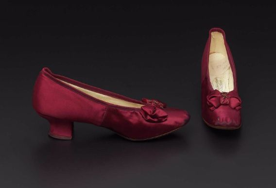 Woman's pumps, 1885, Philadelphia, Laird Schrober & Co, silk satin, silk ribbon, leather, and cut brass beads.