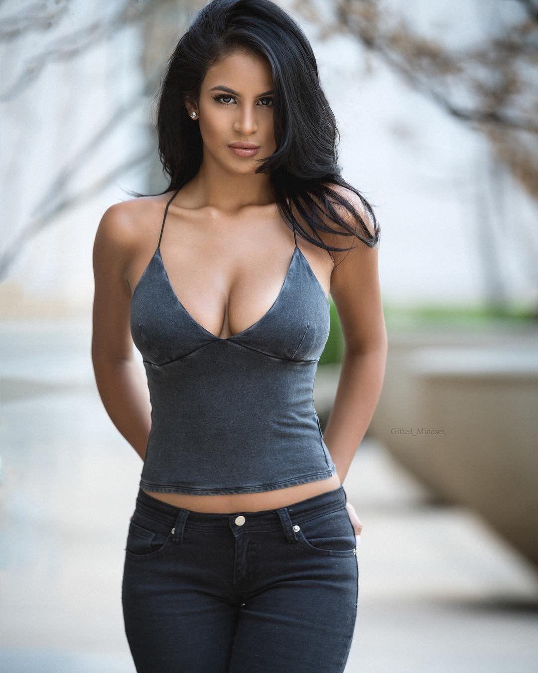 Hot Brunet Women