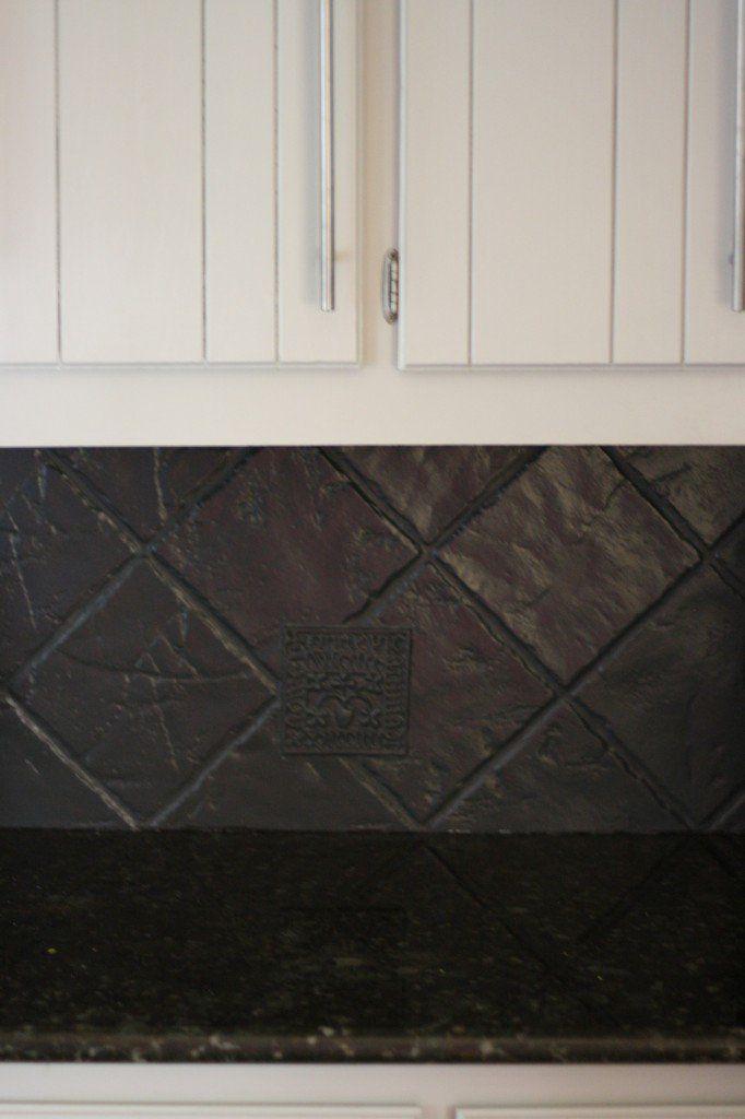 my backsplash solution yep you can paint a tile backsplash rh pinterest com