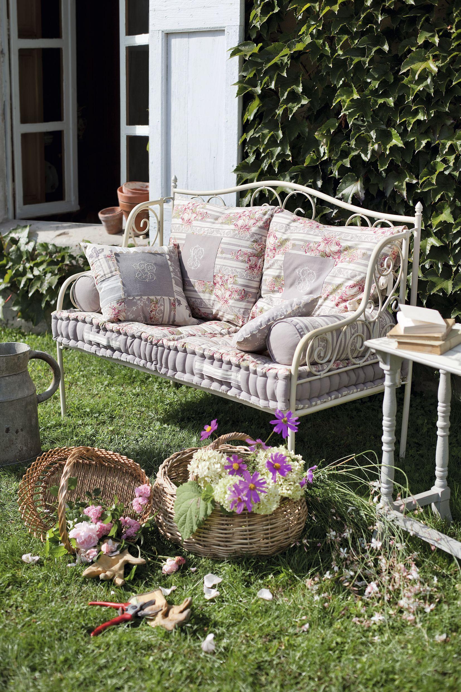 Comptoir De Famille Meubles Shabby Chic Banquette Jardin