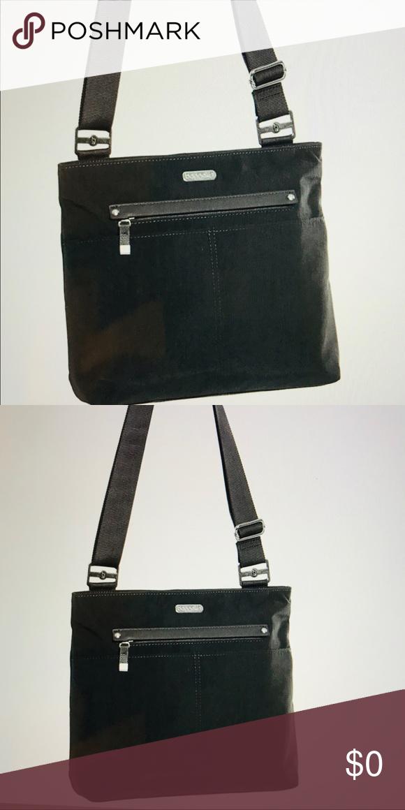 JUST IN 🌷Baggallini Large Crossbody Bag Baggallini s All Around Large  Crossbody Bag is a perfect d996cf746d