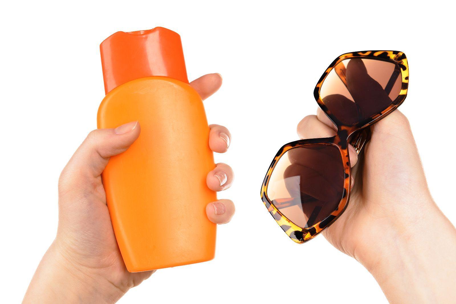 Medidas preventivas para cuidar la piel en esta temporada de calor - http://plenilunia.com/salud-de-la-piel/medidas-preventivas-para-cuidar-la-piel-en-esta-temporada-de-calor/34273/