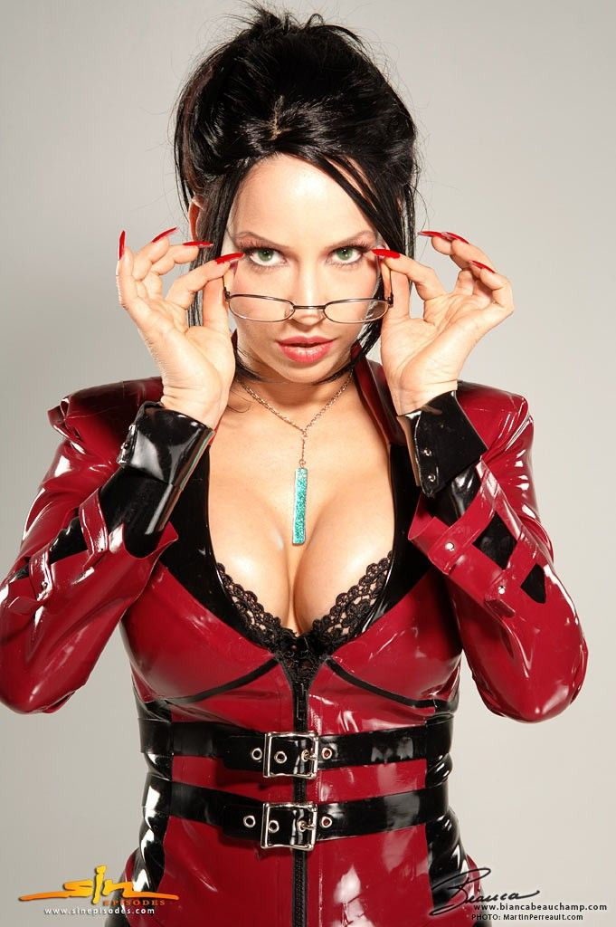 Bianca Beauchamp Latex Fetish Model Cosplay Elexis Sinclaire Glasses Black Hair Sexy Busty Hot