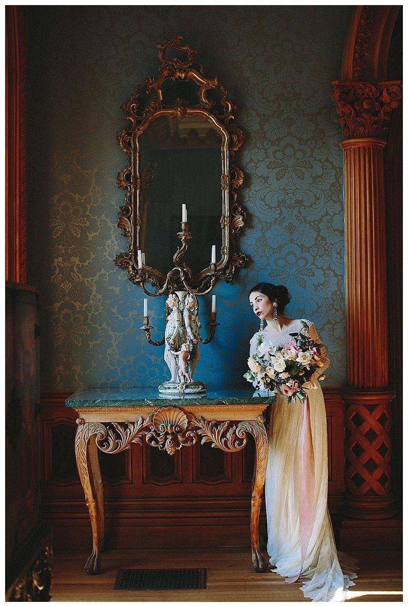 Bride at historic Hay House in Macon, GA. Bouquet by Victory ...