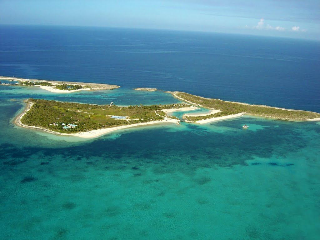 Large square kitchen island islands of adventure for sale bahamas - Frozen And Alder Cay Photo From Helicopter