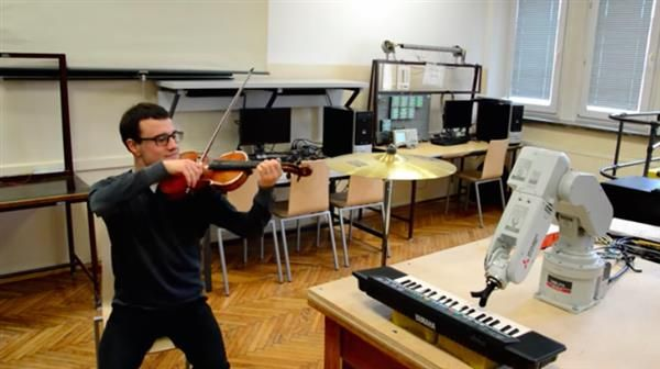Watch out Chopin: a Polish university student has programmed a robot to play the piano. The musical robot, which pushes piano keys using pronged 3D printed fingers, was developed specifically to accompany its creator while he plays the violin.