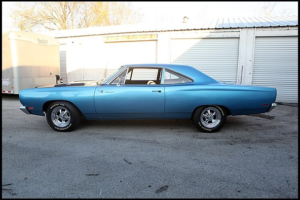 1969 Plymouth Road Runner  383 CI, Automatic
