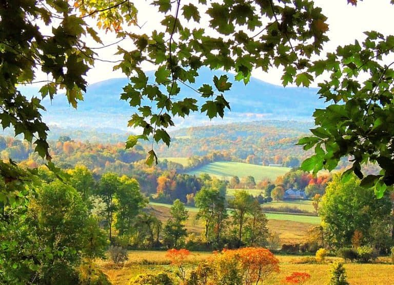 So Much Beauty In One Vermont Town Vermont Fall Vermont Photography Vermont Vacation