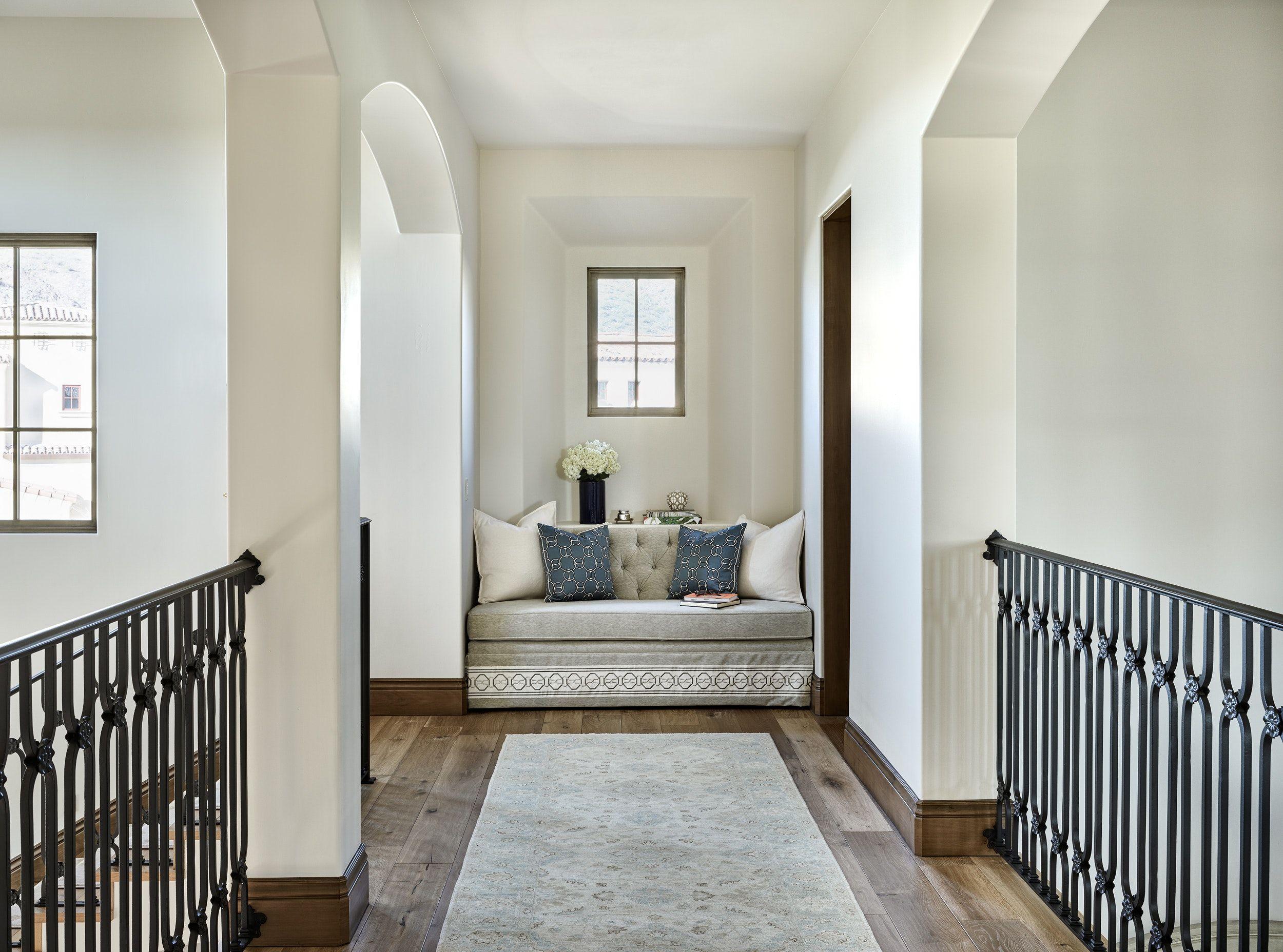 Silverleaf Family Dwelling Window Seat In Upper Hallway Hallway