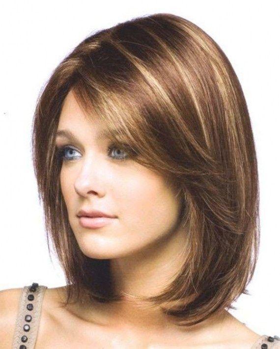 Taglio di capelli medio donna