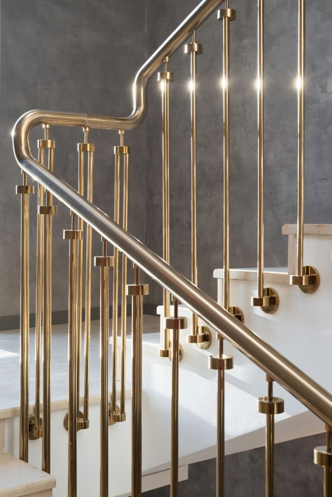 Beautiful Stair Railing Detail In Brass Modern Stair Railing