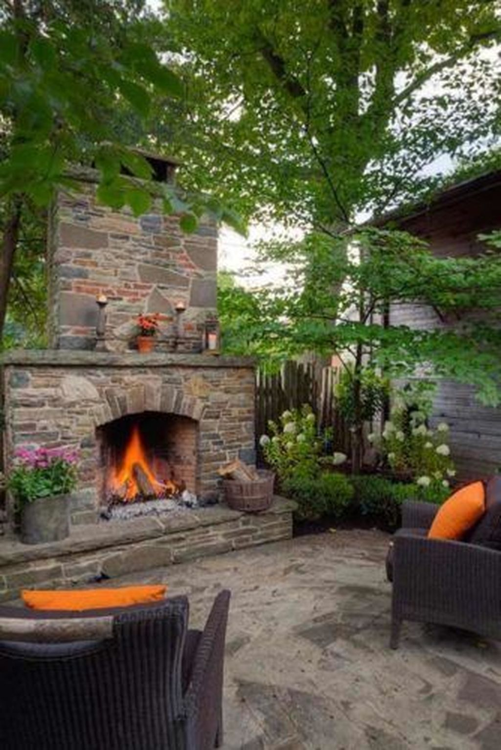 35 Relaxing Outdoor Fireplaces For Your Patio Or Backyard With