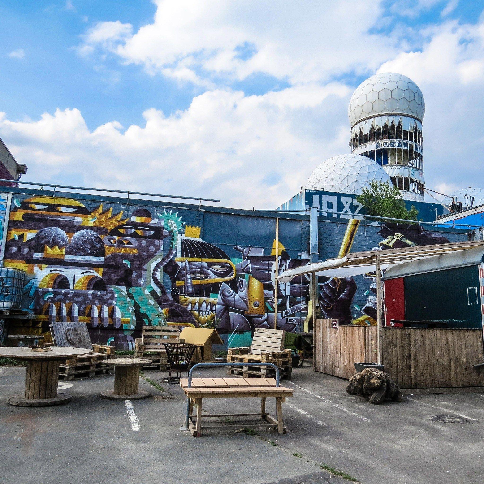 Teufelsberg Berlin: Entdeckungsreise an einem außergewöhnlichen Ort #deutschland #germany #Berlin #teufelsberg #fieldstation #abhöranlage #Städtetrip #reisen #Urlaub#reiseblogger #travel #travelblog #travelblogger