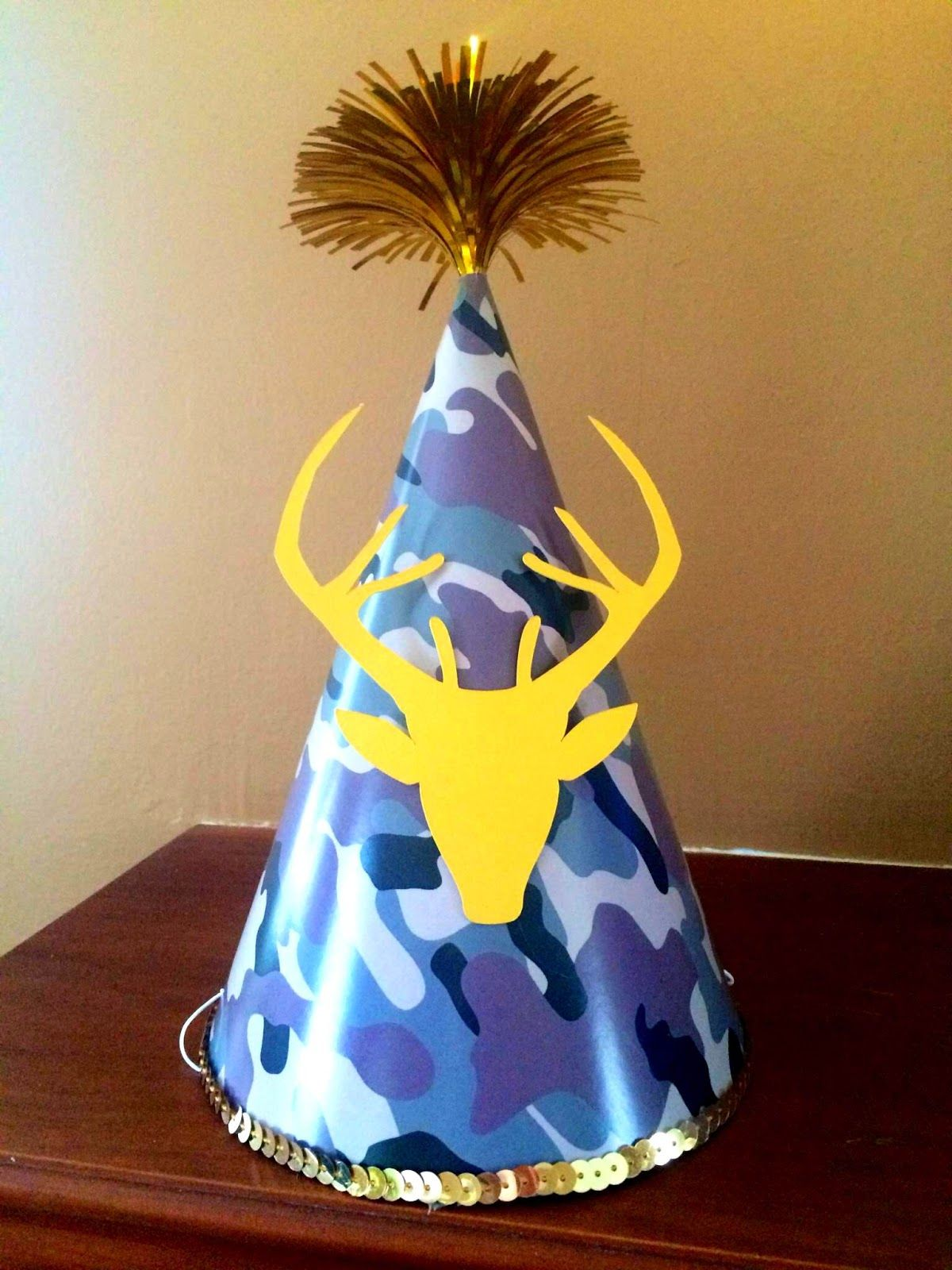 Birthday Party Hat For Camouflage 60th Hunter Gold Deer Camo Hunting Duck Dynasty