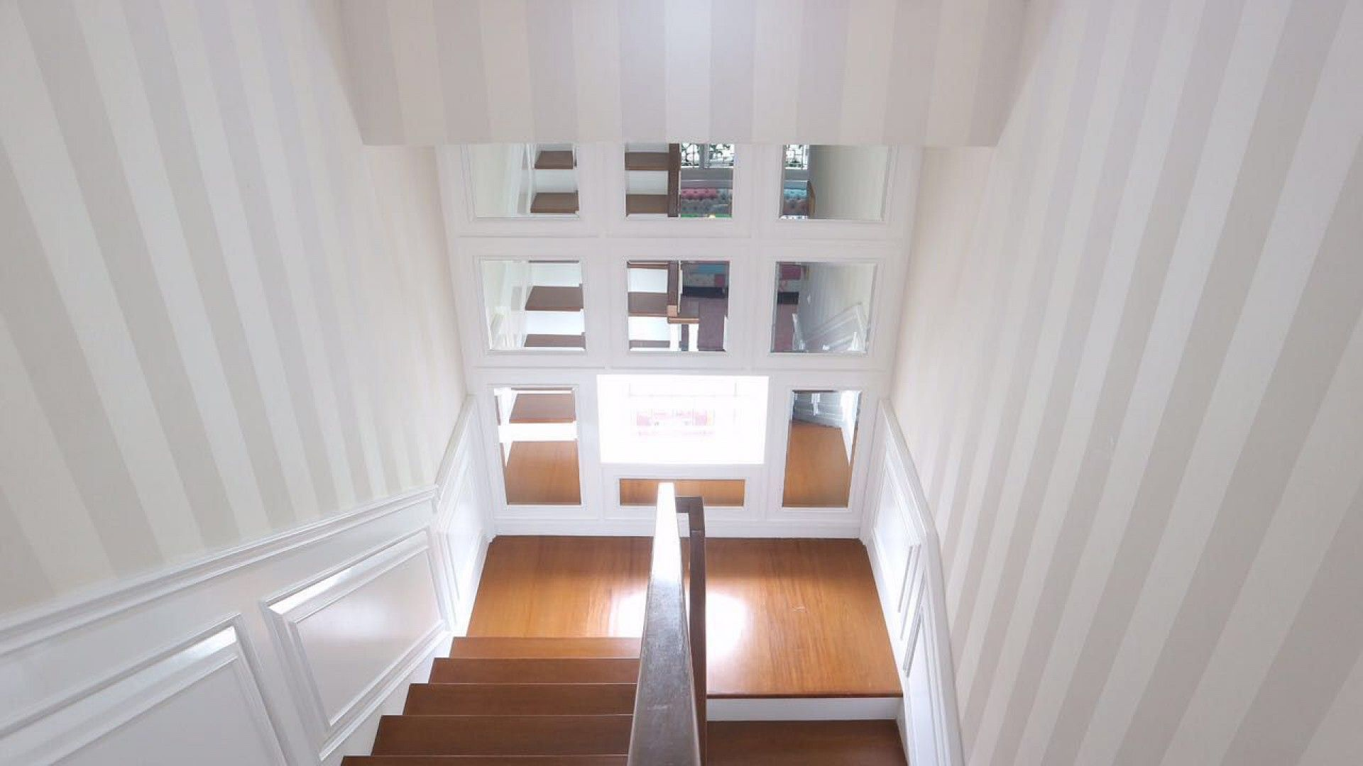 Shabby Chic Staircase American Victorian With Shabby Chic House Jakarta