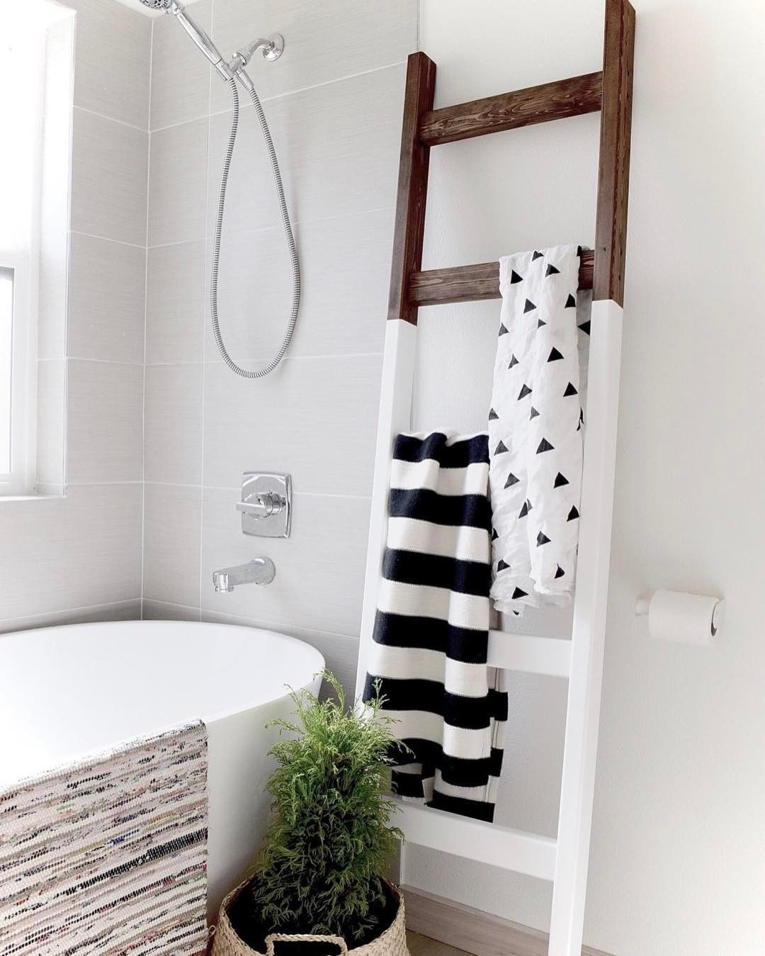 Simply Brilliant I Like The Rolled Instead Of Folded And The Half Painted Bathroom Decor Small Bathroom