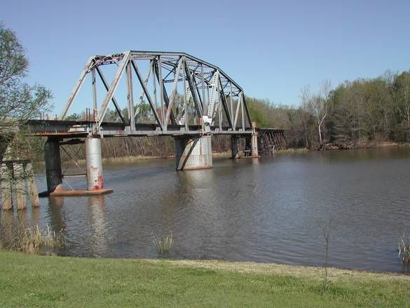 Train Tressel Across Flint River In Bainbridge Ga Flint River Covered Bridges River