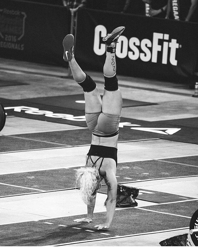 Women S Crossfit Workouts: Sara Sigmundsdottir Handstand Walk