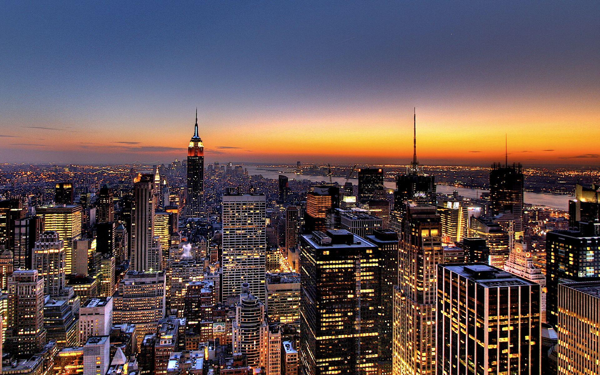 New York City Skyline At Night City Lights At Night City Wallpaper New York Night